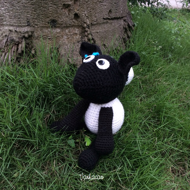 Shaun the Sheep - Handcrafted Handmade Crocheted Amigurumi Birthday Children Soft Toy Baby Shower Gift